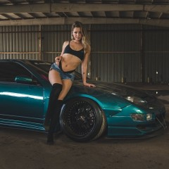 girls and cars 9339444