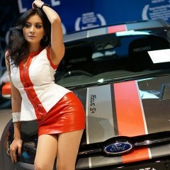 malaysian-girls-car-3