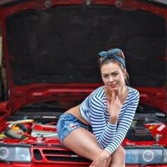 Saab girl 40022
