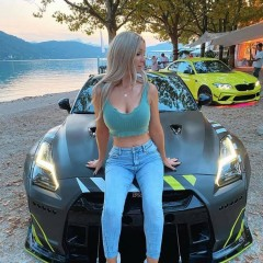 nissan car girl TY 20999