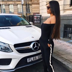 mercedes car girl 90