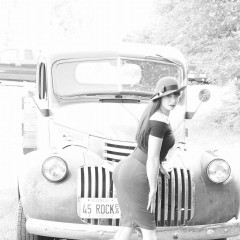 pin up vintage car and girl 60093936