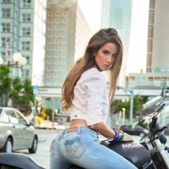 hbg motorbike girl 909438552