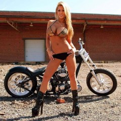 motorcycle-babes-73