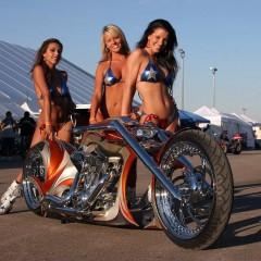 Thunderbike-Spectacula-Girls
